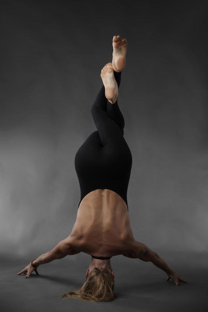 frida-starvid-rocket-vinyasa-yoga-retreat-frida-starvid-teacher